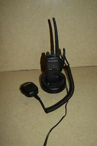 Motorola Ht750 Portable Two Way Radio W Base And Charger