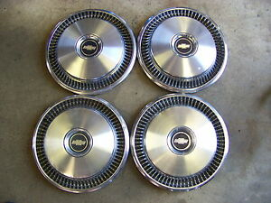 1973 Chevrolet Chevelle Camaro Hubcaps Wheelcovers 14 Set Of 4 Oem 1974