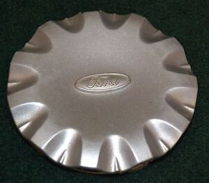 99 00 01 02 03 Ford Windstar Wheel Center Cap Silver Oem Used
