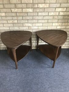 Two Lot Mid Century Modern Mersman Guitar Pick Two Tier End Tables Vintage 31 5