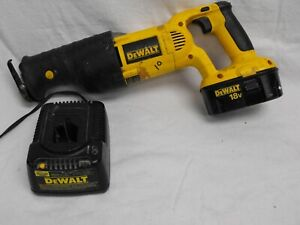 Dewalt 18 Volt Cordless Reciprocating Saw Dc385 Battery And Charger
