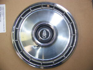 1966 Plymouth Barracuda 66 1967 Valiant 13 Hubcap Oem 1 2781550