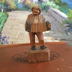 Vintage Italian Wood Hand Carved Man Playing Accordion 3 1 2 Made Italy