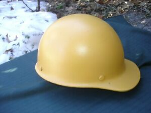 Vintage Fiberglass Msa Skullgard Safety Hard Hat Medium 1980ish