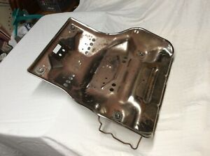 99 07 Ford Truck Lh Left Driver Side Bucket Seat Captain Chair Metal Bottom Tray
