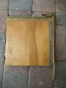 Vintage Ingento No 3 Cast Iron Guillotine Wood Base Paper Cutter