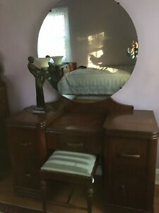 Art Deco Dressing Table With Large Round Mirror
