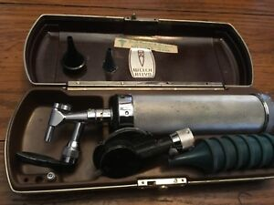 Vintage Welch Allyn Diagnostic Set Ophthalmoscope And Otoscope Bakelite Case
