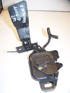 1967 Chrysler Newport Hood Latch Assy Oem New Yorker Town Country