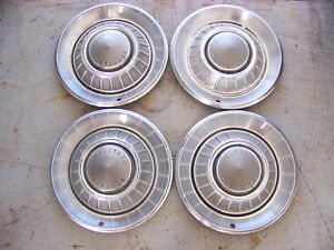 1968 Chrysler 300 14 Hubcaps Oem Set Of 4