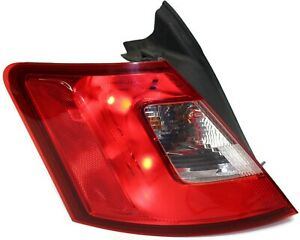 2010 2012 Ford Taurus Driver Side Rear Tail Light Ag13 13b504 A