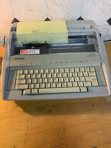Brother Electronic Typewriter Gx 6750 Excellent Condition