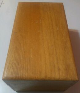 Vintage 1956 Solid Oak Merchants Box Co Desk Top Recipe Card Filing Box Slider