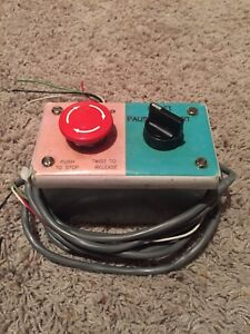 Hoffman E2pbgxm Enclosure Red Emergency Stop Switch