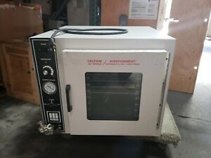 Barnstead Lab line 3618 Tabletop Vacuum Chamber Laboratory Oven W adj Shelves