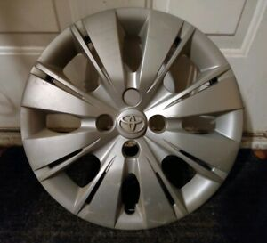 1 Oem 2012 14 Toyota Yaris Hatchback 15 Hubcap Wheel Cover A Pn 42602 52520