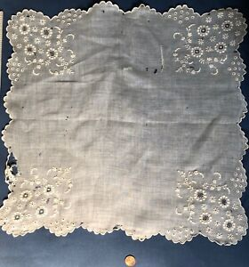 Victorian Whitework Lace Handkerchief Cutter Craft