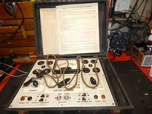 Vintage Superior Instruments Model 450 Tube Tester For Parts Or To Restore