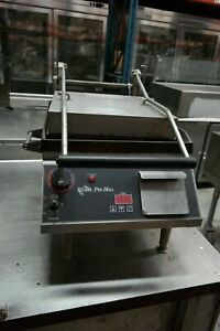 Star Pro max Commercial Panini Press W Cast Iron Grooved Plates