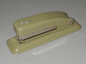 Stapler Vintage Swingline Small Army Green Metal Office Long Island City Usa Mcm