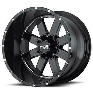 Mo962 18x12 Wheel With 8 On 6 5 Bolt Pattern Gloss Black With Milled Accents