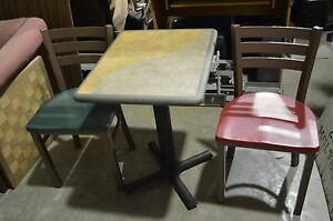 Plymold Set Table 2 Chairs Bistro Metal Dining Kitchen Vintage Used Restaurant