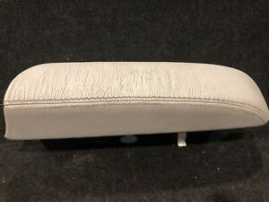 Mercedes 00 02 W220 S430 S500 S55 Center Console Armrest Leather Cup Holder Gray