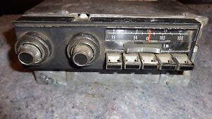 69 70 71 1972 1973 Chrysler Imperial Am Fm Radio 3501504 Console Cassette Player