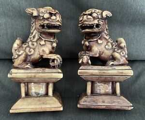 Antique Chinese Carved Shoushan Stone Foo Fu Dog Temple Lion Statues