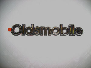 1985 88 Oldsmobile Cutlass Coupe Nos Trunk Lid Nameplate New Gm Part 20000969