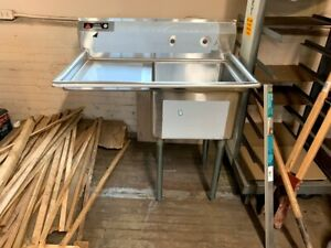 Stainless Steel Sink With Left Drain Board