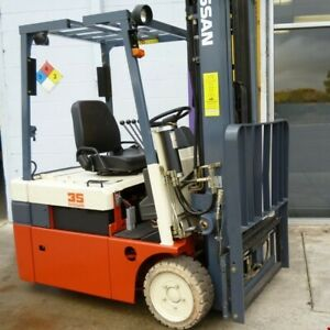 1999 Nissan 3 Wheel Electric Forklift