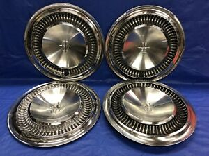 Vintage Set Of 4 1964 65 Lincoln 15 Hubcaps Continental Good Condition