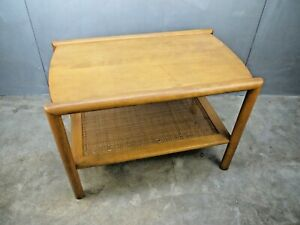 Single Mid Century 1950s Leslie Diamond Conant Ball Caned Solid Maple Side Table