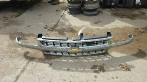 Grille Chrome Center Bar Fits 99 02 Silverado 1500 Pickup 135797