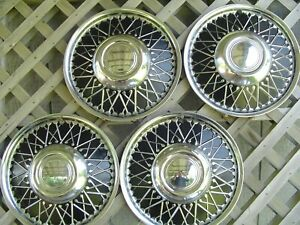 Vintage New Old Stock Wire Lyon Lyons Mfg Co Hubcaps Wheel Covers Center Caps