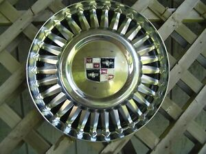 One Vintage 1957 1958 Studebaker Silver Golden Hawk Commander Starliner Hubcap