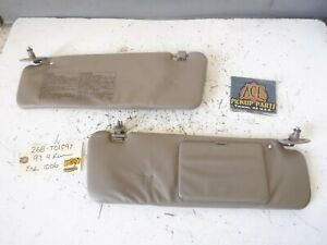 96 02 Toyota 4runner Oem Tan Cloth Sun Visor Set With Mirror And Clips