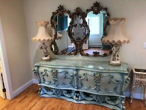 Vintage Rococo Bedroom Furniture Decorative Carved Nightstand Headboard Armoire