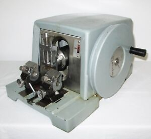 American Optical A o 820 Microtome W Blade Holder Specimen Clamp Works Well
