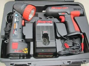 Snap On Ct3110 3 8 12v Impact Wrench flashlight charger 1 Battery Incl Case