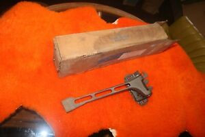Nos Ford 1972 Torino Hood Latch D2oz 16700 a One Year Only Genuine Ford