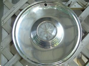 One 1957 57 Lincoln Premier Hubcap Wheel Cover Center Cap Antique Vintage