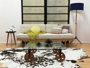 Mid Century Modern Style Daybed Sofa In Excellent Condition