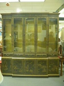 Large Drexel Et Cetera China Cabinet Reduced For Quick Sale