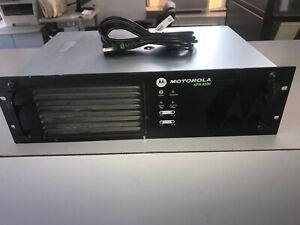 Motorola Trbo Xpr8300 Uhf Repeater Aam27trr9ja7an 450 512 Mhz Service Spare