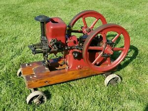 Antique Hit Miss Engine Associated 2 Hp On Trucks