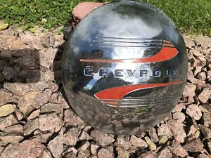 Vintage Early 1940 S To Mid 40 S Chevrolet Hubcap