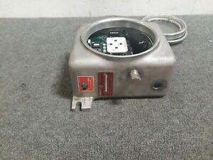 Pepperl Fuchs Control Unit Series 2000 In Adalet Explosion Proof Enclosure S4