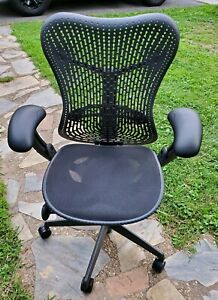 Herman Miller Mirra Office Chair 2013 Great Condition Fully Loaded